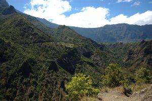Cirque de Cilaos :: the Bras Rouge valley :: the Cilaos plateau