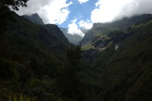 Cirque de Cilaos :: clouds gather in the upper Bras Rouge valley