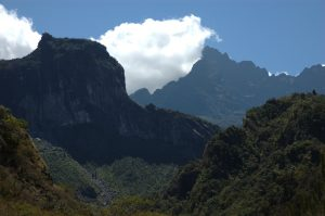 Cirque de Cilaos :: the Bras Rouge valley :: clouds by Gros Morne top