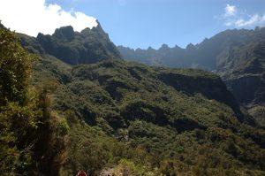 Cirque de Cilaos :: below Col du Taïbit :: les Salazes over the Cap Bouteille plateau and Piton des Neiges