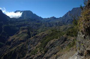 Cirque de Mafate :: la Brèche :: Rivière des Galets Canyon, Gros Morne, Col du Taïbit, le Grand Bénare