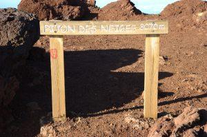 Piton des Neiges :: the top marker