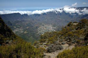 Cirque de Cilaos :: the caldera edge :: Cilaos 1200m below and its surrounding