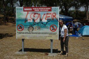 Boucan Carnot :: a shark warning