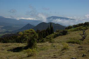 slideshow image le Volcan :: above Plaine des Cafres :: the view towards Col de Bellevue