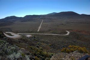 le Volcan :: Pas des Sables :: Plaine des Sables dirt road