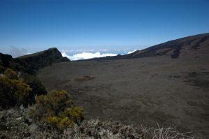 le Volcan :: looking back at Piton de Partage and Formica Léo crater in Enclos