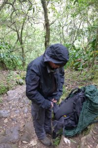 Cirque de Mafate :: Sentier Scout :: reaching the rainy half of the island